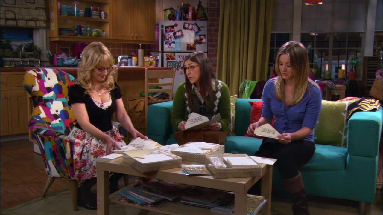 Penny, Bernadette y Amy en casa de Penny
