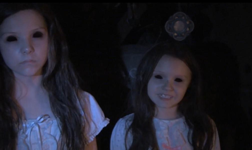 katie-kristi-paranormal-activity-los-senalados