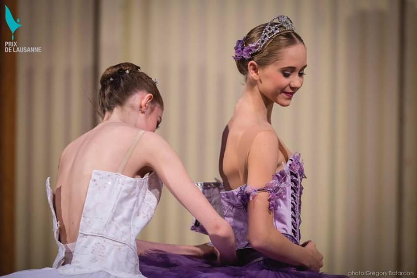 Bailarinas preparandose Prix Lausanne