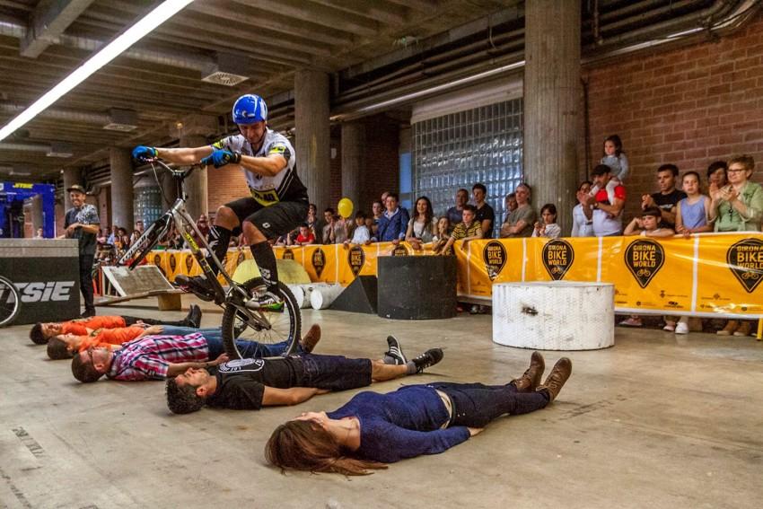 dani-comas-bike-gironabikeworld