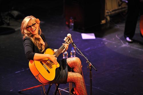 Melody+Gardot+Having+fun+performing