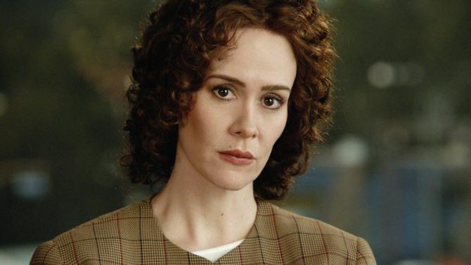 Sarah Paulson as Marcia Clark.