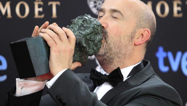 Ganadores-estatuillas-Goya_2014-Premios_Goya-edicion_28-Javier_Camara-Mejor_interpretacion_masculina_protagonista_MDSIMA20140210_0051_21