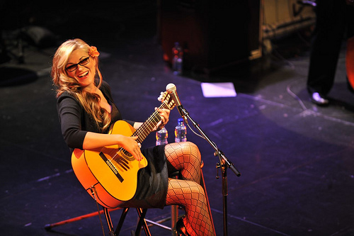 Melody+Gardot+Having+fun+performing