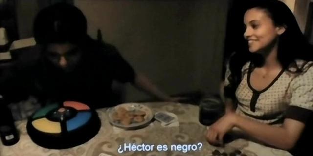 Jesse marisol jugando simon paranormal activity los senalados