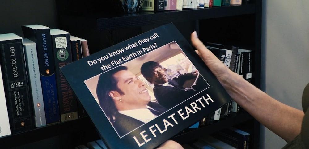 le flat earth libro de memes