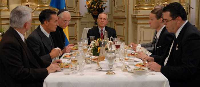 Cena de embajadores y curas en Budapest