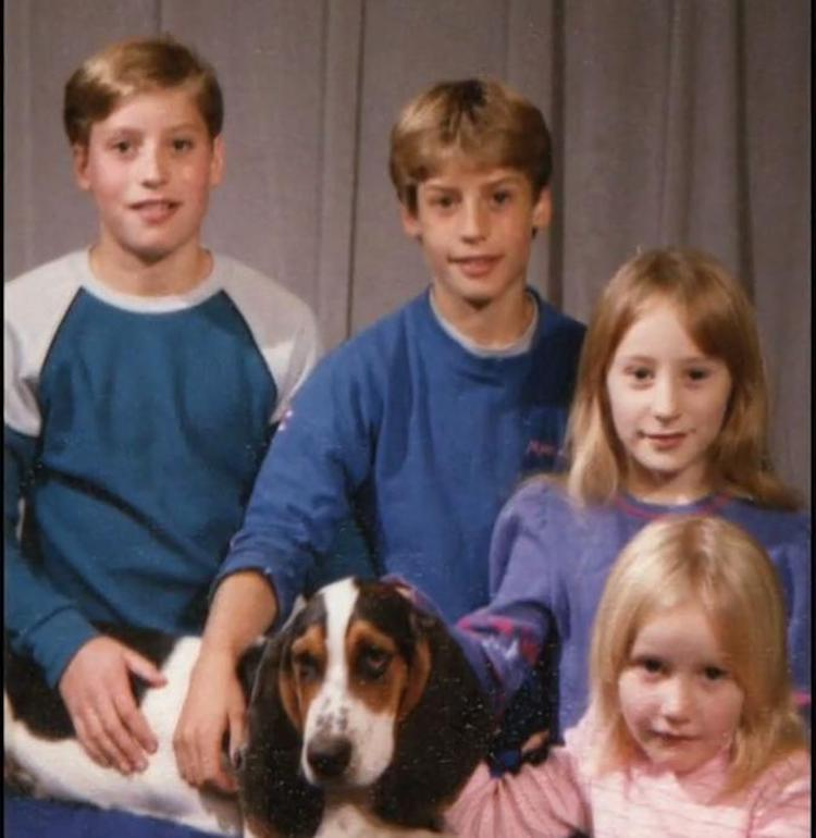 Todd,Clayton, Martha y Margaret de niños